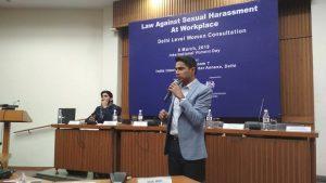 Mr. Vinod Kumar Meena, Ld. Secretary, West Delhi Legal Services Authority addressing women workers